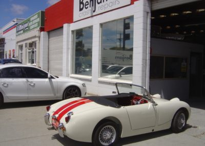 Austin Healey white and red paint work